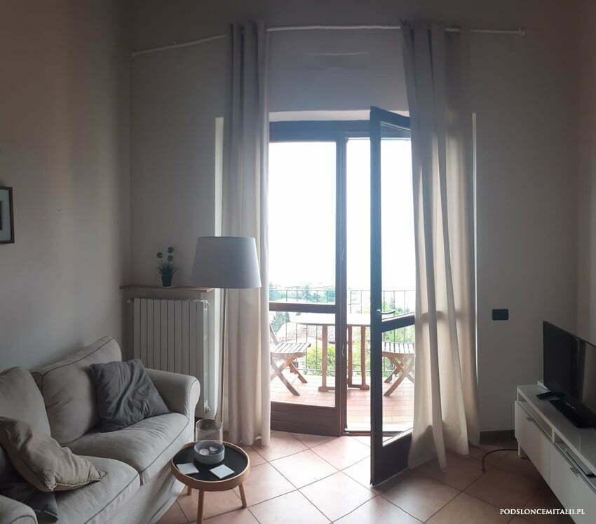 Nocleg w apartamencie zawieszonym nad jeziorem Garda