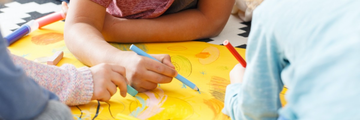 Kids drawing pictures