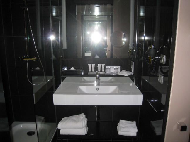 Bathroom Le Meridien Etoile