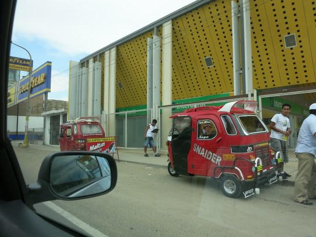 tuk tuk in Peru