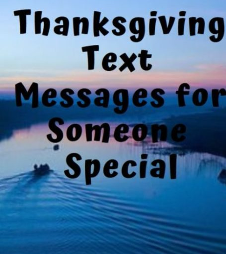 50+ Thanksgiving Day Text Messages for Him or Her