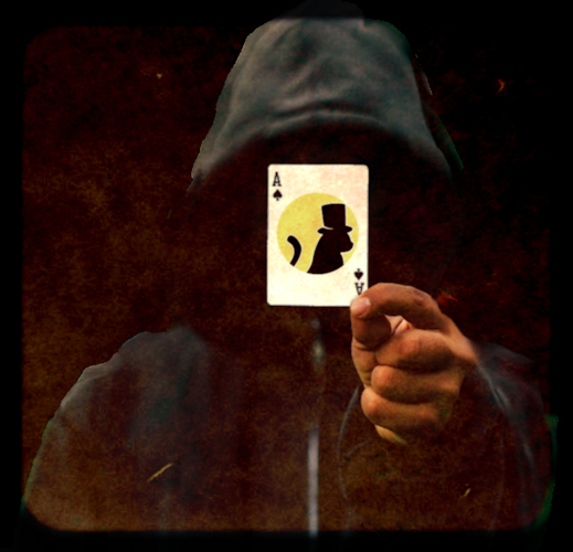 HOODED MAGICIAN (4)