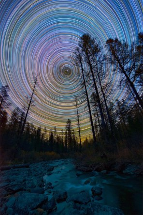 Colorful-Star-Trails_2