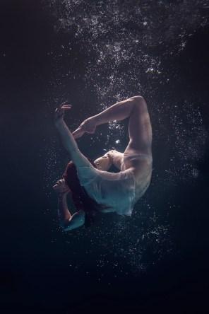 Underwater-Dancing-Photography-13