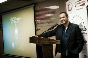 entrega-de-premios-2017-Hans-durante-su-intervencion