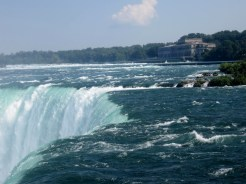 Most powerful waterfall in North America with a vertical drop of more than 165 feet (50 m).