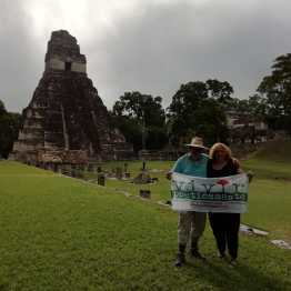 VIVIR POÉTICAMENTE en Tikal