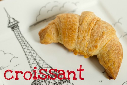 croissant with the eiffel tower