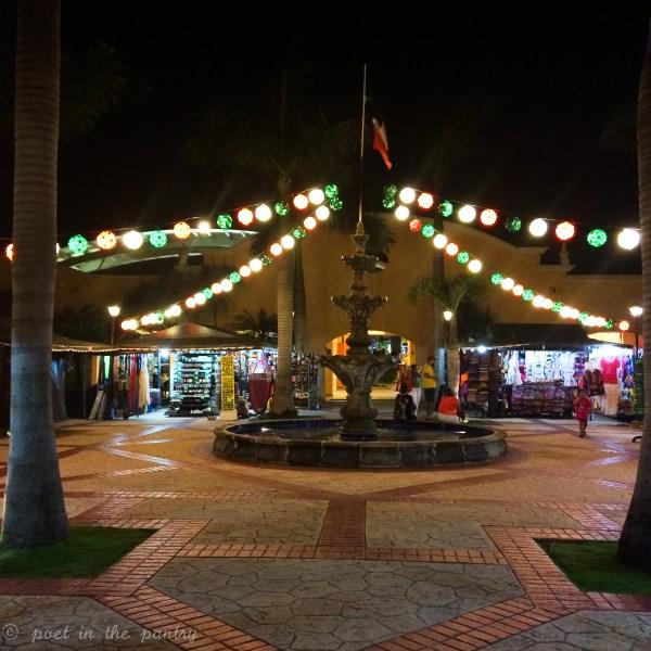 There's plenty of shopping at Barceló Maya Beach Resort!