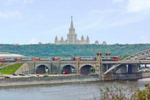 Поезд Адлер - Москва, билеты, расписание, фото