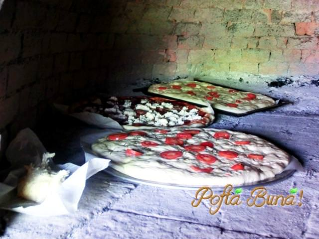 pofta-buna-gina-bradea-pizzaa-cu-ton-si-porumb (2)