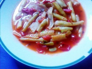 Mancarica de fasole pastai cu rosii si usturoi-Podocea Gabriela