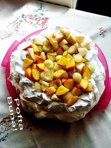 Pavlova cu fructe de vara-Anca Botoroaga