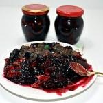 Gem de prune cu nuca