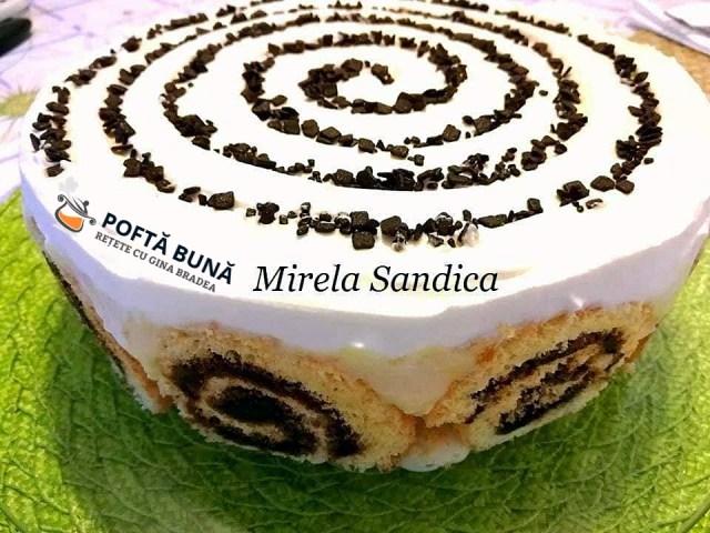 Tort din rulada cu gem si banane, sau Banana roll cake