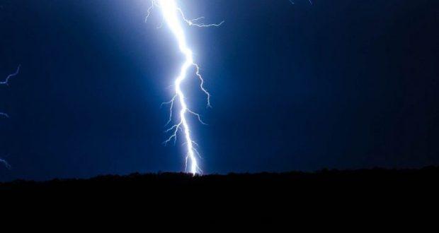 2 августа – день пророка Ильи. В небе - яркие молнии? Рядом бродит нечистый