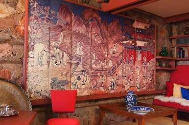 FLW heavily influenced and passionate about japanese and chinese art