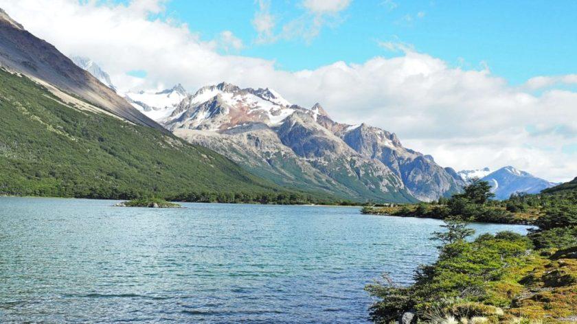 Cesta z tábořiště Poincenot do De Agostini