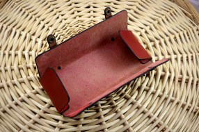 Patron gratuit et libre d'une trousse cartable à rabat en cuir - point sellier, tithouan, maroquinerie et travail du cuir