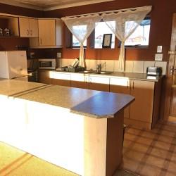 chalet kitchen2