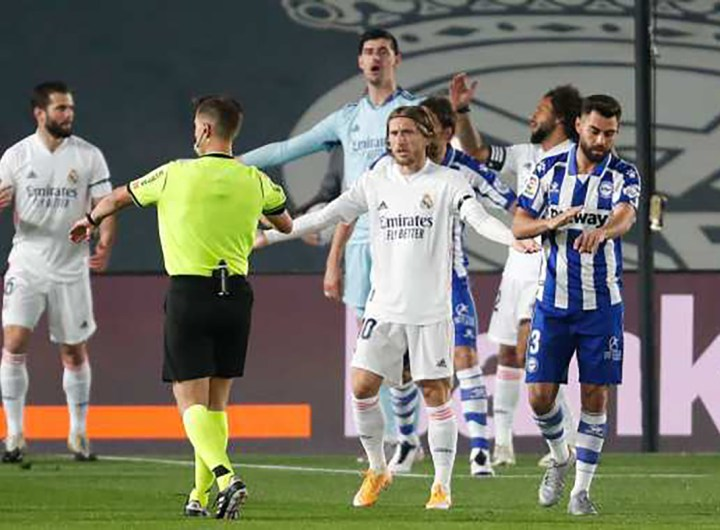 le-real-s-incline-devant-alaves