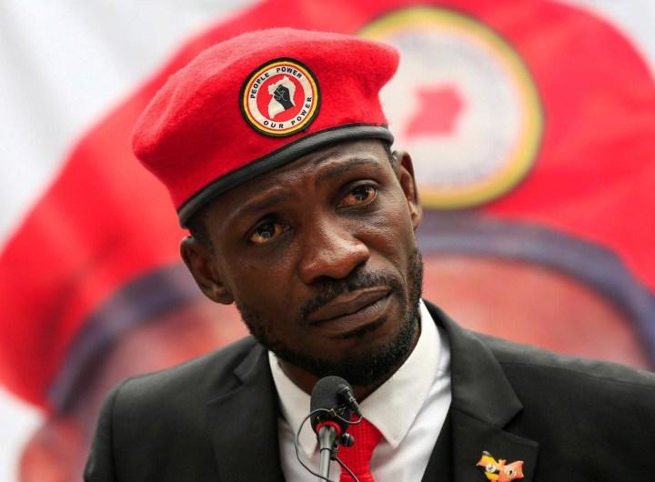 ouganda-bobbi-wine-denonce-des-fraudes-des-violences-a-l-election-presidentiel