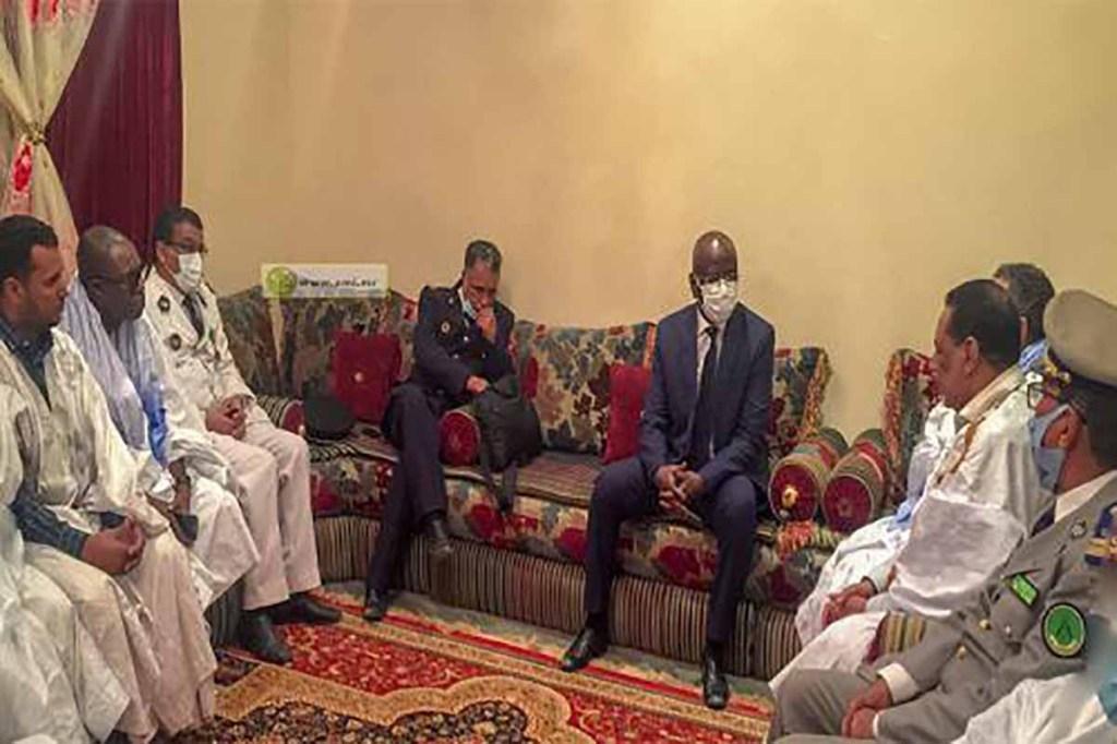 Condoléances du ministre de l'intérieur aux familles Bouderbala et Jiyid après les agressions mortelles de leurs fils
