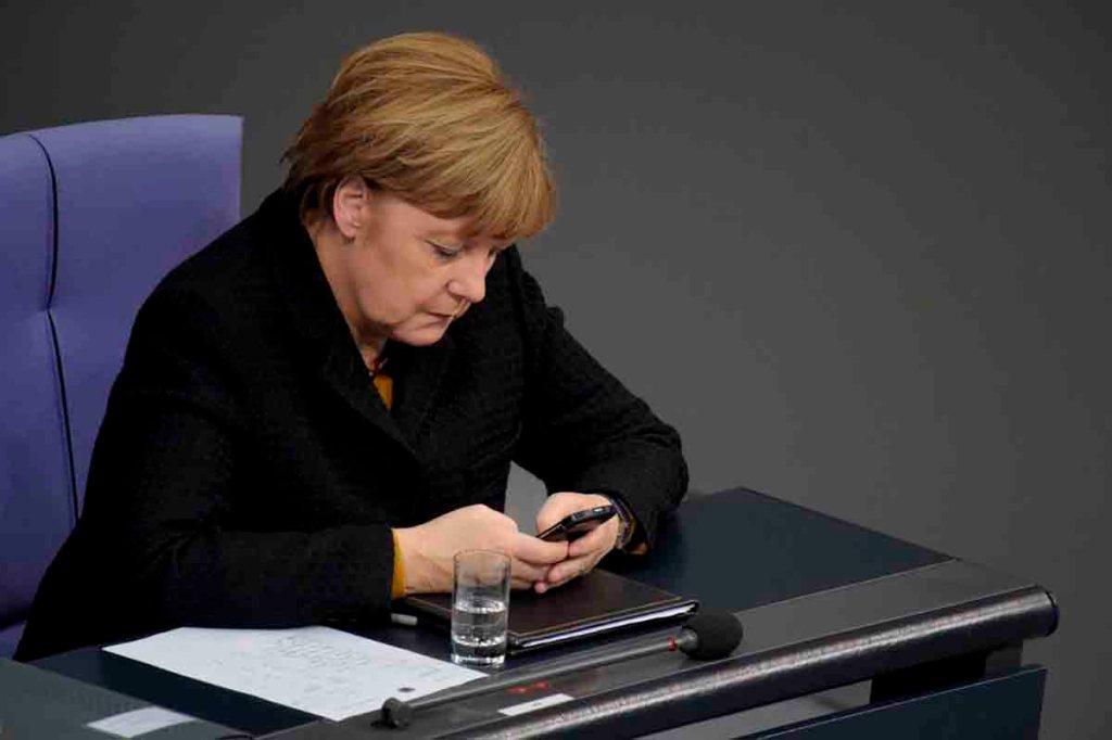 La NSA a espionné Angela Merkel et ses alliés européens grâce aux services danois