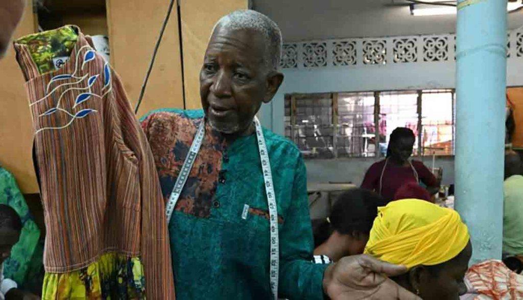 Côte d'Ivoire : Pathé'O, le tailleur de quartier devenu couturier des chefs d'Etat africains