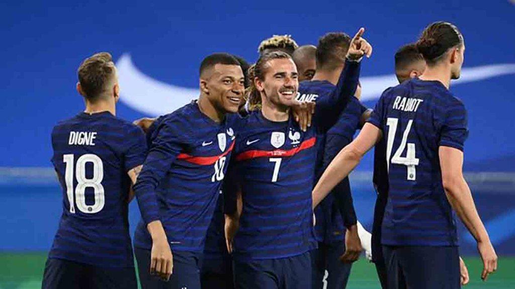 Football la France bat le pays de Galles en match amical