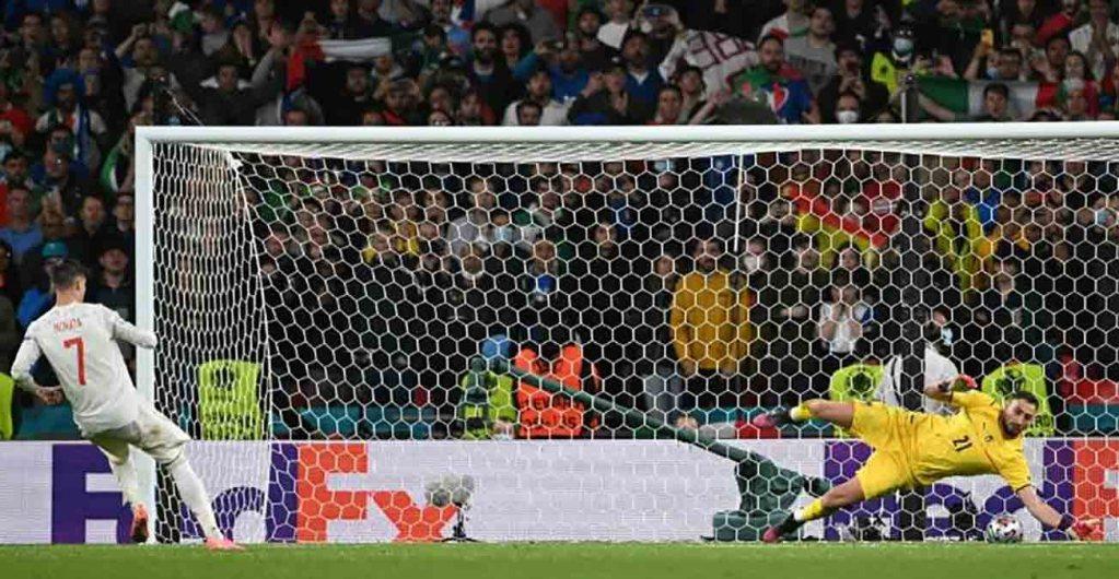 Euro: Donnarumma envoie l'Italie en finale avant le transfert à Paris