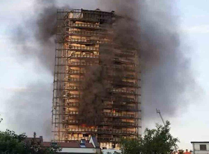 Milan-les-images-de-l-incendie-qui-a-detruit-une- tour-de-20-etages