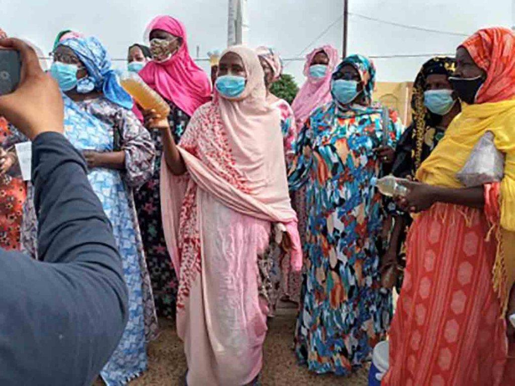 """Rosso : les femmes manifestent contre """" la mauvaise qualité de l'eau"""