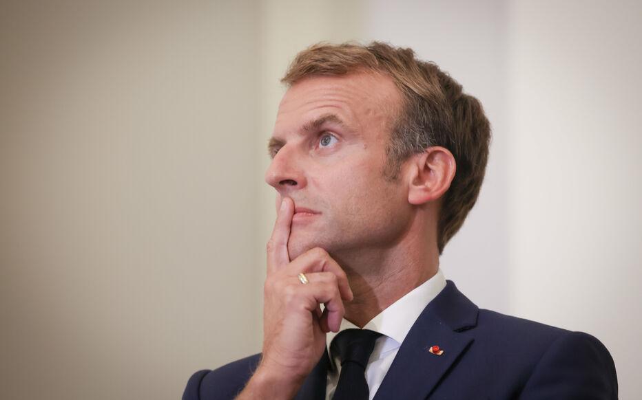 """Crise France-Algérie: Macron veut """"l'apaisement"""", mais """"il y aura d'autres tensions"""""""