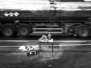 roadside business 01b