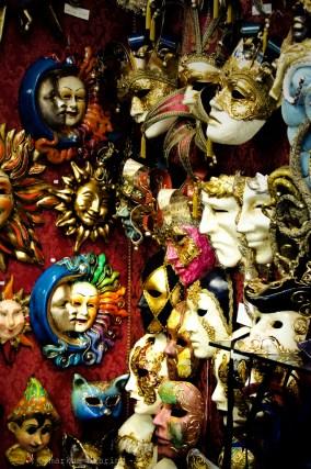 many mascs