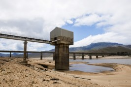 the-south-african-weather-service-says-climate-change-is-making-its-historical-models-useless- theeshop dam AP Photo
