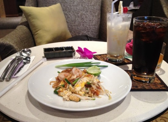 Chicken Pad Thai at the Thai Airways First Class Lounge