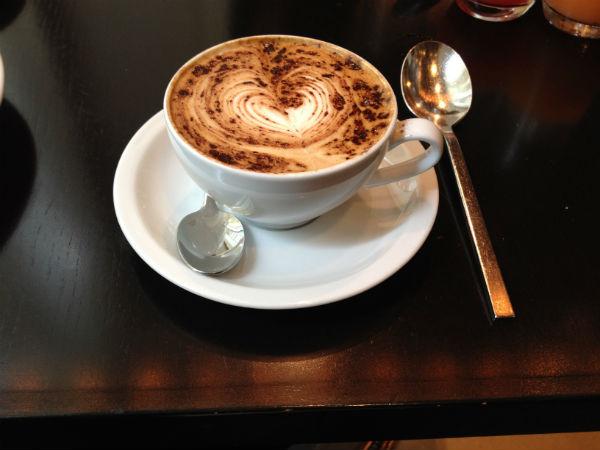 Review Hilton Sydney Breakfast Latte