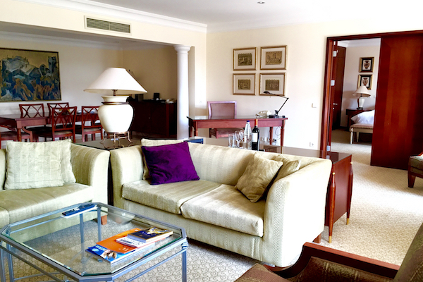 Hyatt Regency Thessaloniki Suite Dining Area