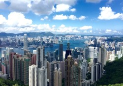 Cheap $400 flights to Hong Kong Asia