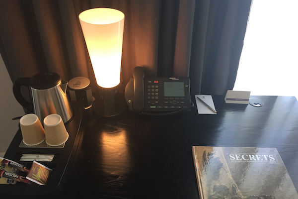 Desk Hyatt Regency Charles de Gaulle