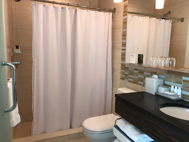 Kimpton Ink48 Hotel Review Bathroom