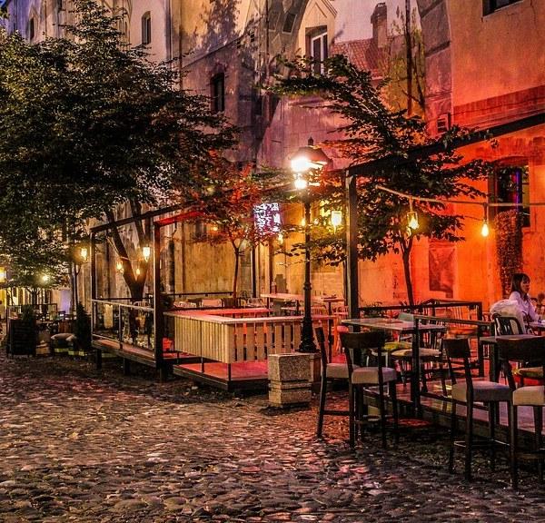 Belgrade-Serbia-Balkan-Skadarlija-Pointers-Travel