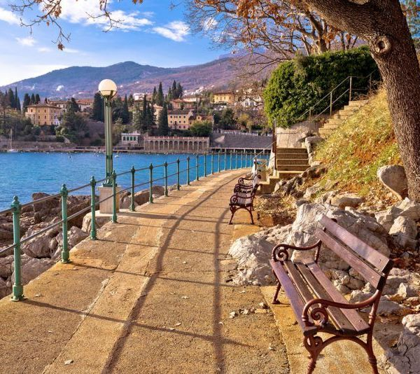 Opatija-promenade-Pointers-Travel