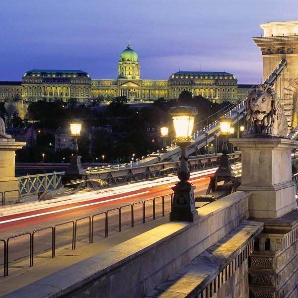 bridge-budapest-pointers-travel