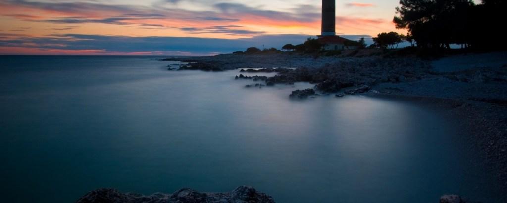 pointerstravel-faraway-view-lighthouse-veli-rat_jpeg_URL2o96sYD.jpeg