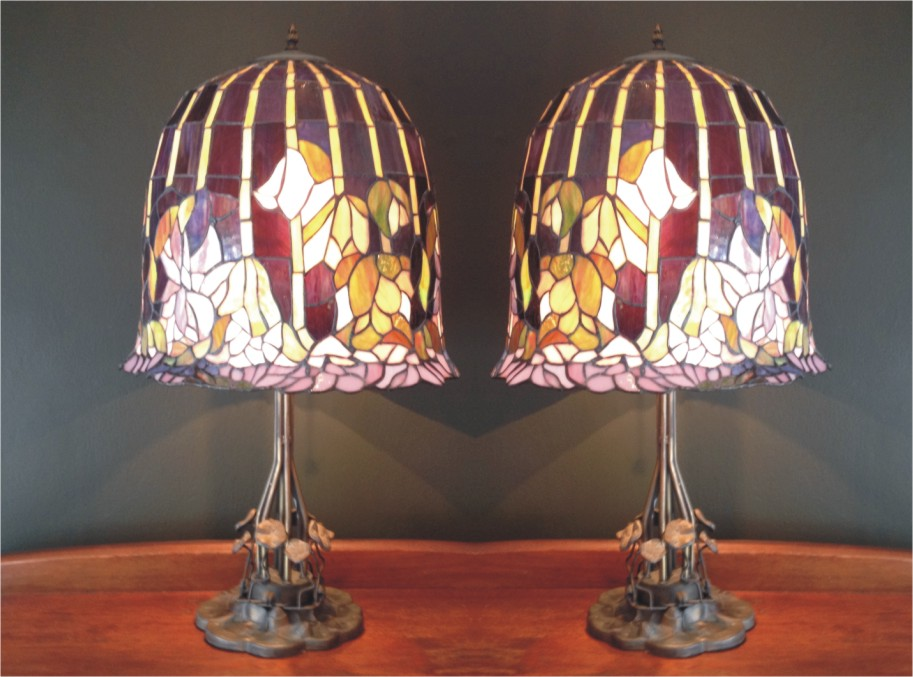 Tiffany Reproduction Stained Glass Lamp
