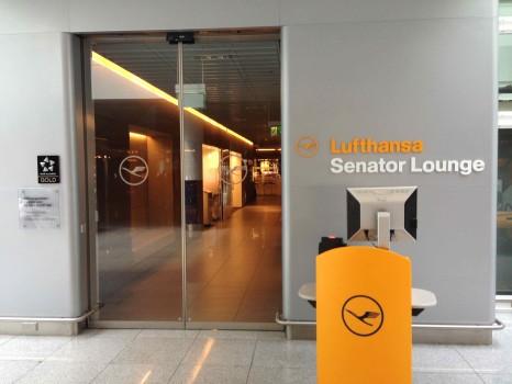 Lufthansa Munich Senator Lounge01