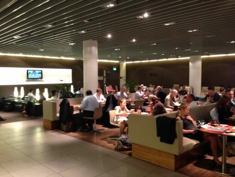 Lufthansa Munich Senator Lounge02